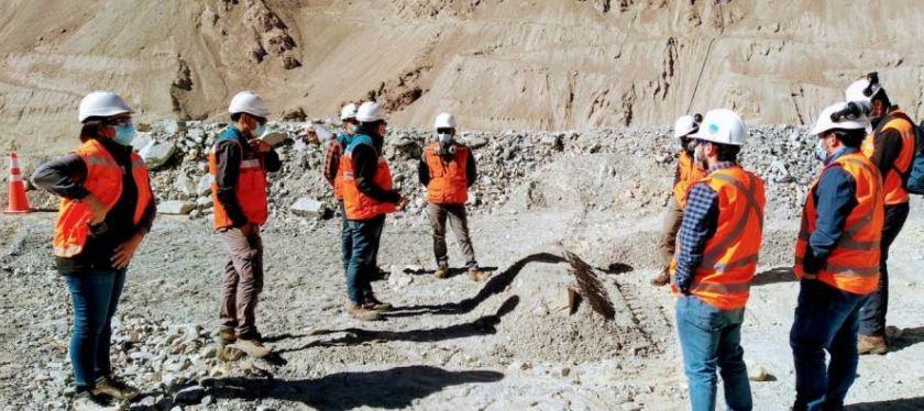Autoridades y vecinos de Cuncumén visitan faenas de Minera Los Pelambres por temas de polución